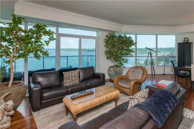 Condo Apartment at 37 Ellen St, Unit 1308, Barrie, Ontario. Image 7