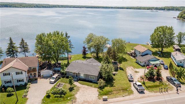 Detached at 5690 Penetanguishene Rd, Springwater, Ontario. Image 9