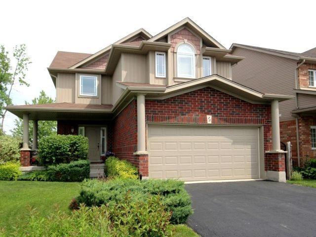 Detached at 23 Chamberlain Cres, Collingwood, Ontario. Image 1