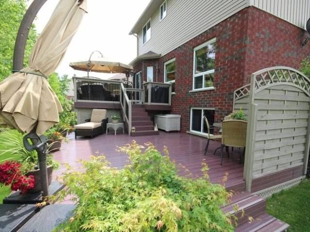 Detached at 23 Chamberlain Cres, Collingwood, Ontario. Image 8