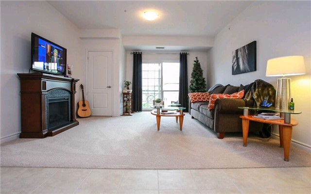 Condo Apartment at 43 Ferndale Dr S, Unit 409, Barrie, Ontario. Image 5