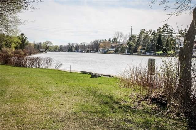 Detached at 1700 River Rd W, Wasaga Beach, Ontario. Image 13