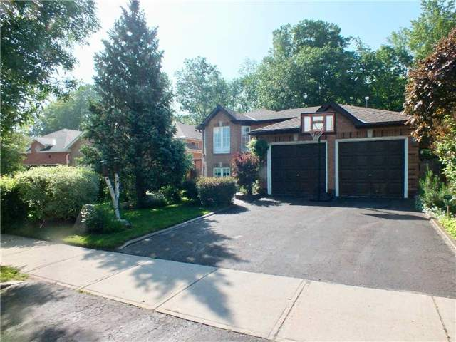 Detached at 128 Crompton Dr, Barrie, Ontario. Image 11