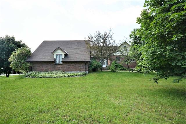 Detached at 2498 11 Hwy, Oro-Medonte, Ontario. Image 1