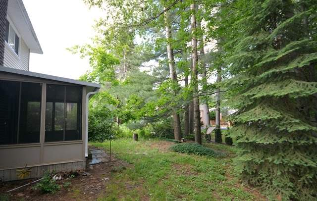Detached at 203 Browning Tr, Barrie, Ontario. Image 13