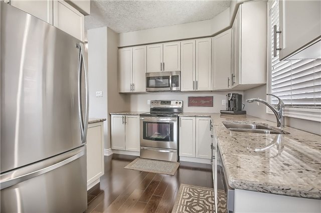 Detached at 48 Booth Lane, Barrie, Ontario. Image 14