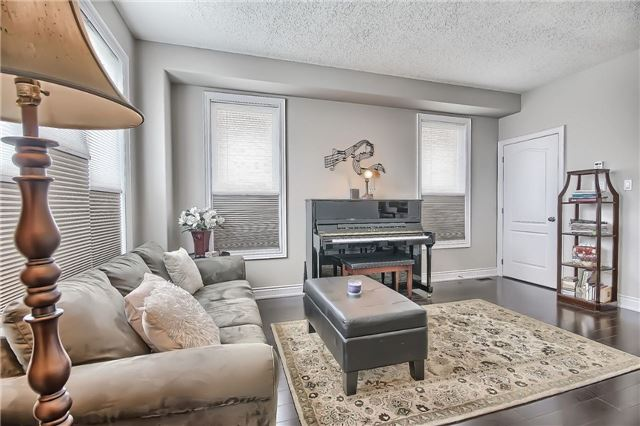 Detached at 48 Booth Lane, Barrie, Ontario. Image 18