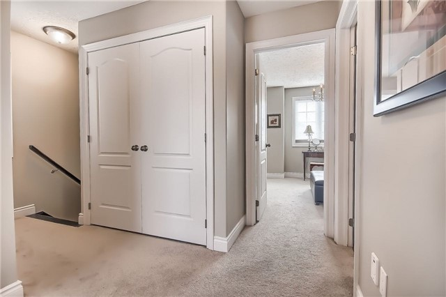 Detached at 48 Booth Lane, Barrie, Ontario. Image 3