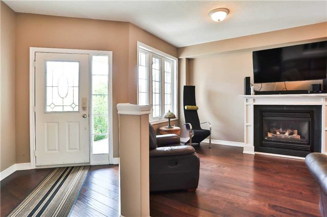 Detached at 73 Balmoral Pl, Barrie, Ontario. Image 14