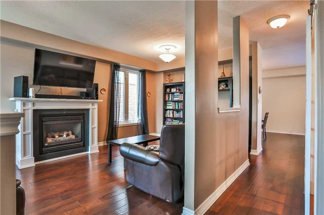 Detached at 73 Balmoral Pl, Barrie, Ontario. Image 15
