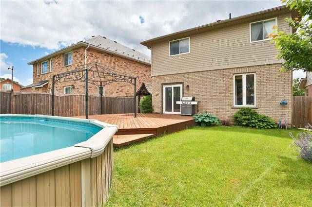 Detached at 73 Balmoral Pl, Barrie, Ontario. Image 13