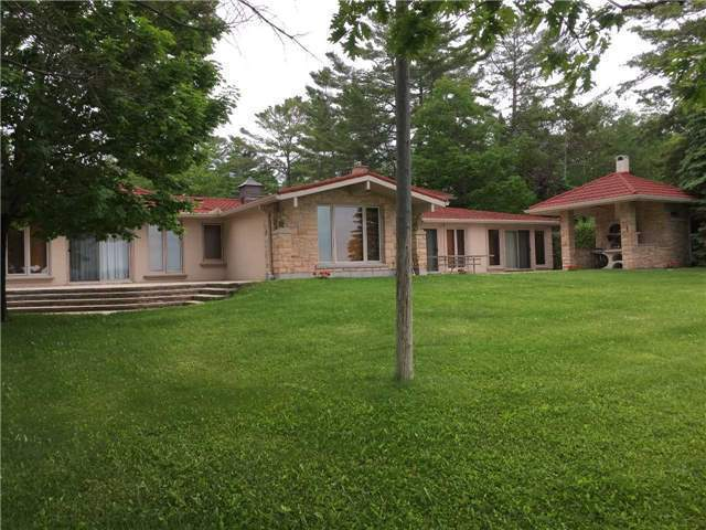 Detached at 1350 River Rd E, Wasaga Beach, Ontario. Image 13