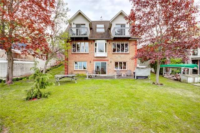 Detached at 238 Robins Point Rd Rd, Tay, Ontario. Image 1