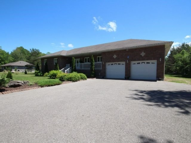 Detached at 229 Concession Road 11 E, Tiny, Ontario. Image 13