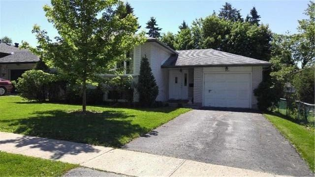 Detached at 223 Rose St, Barrie, Ontario. Image 1
