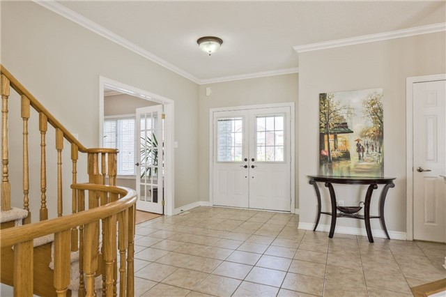 Detached at 418 Mapleton Ave, Barrie, Ontario. Image 17