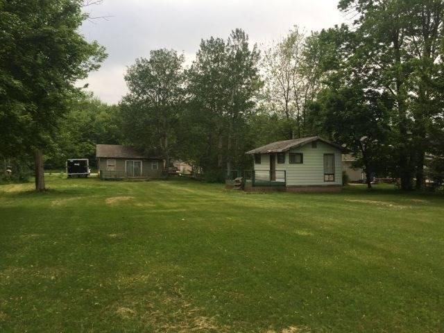 Cottage at 4089 Glen Cedar Dr, Ramara, Ontario. Image 1