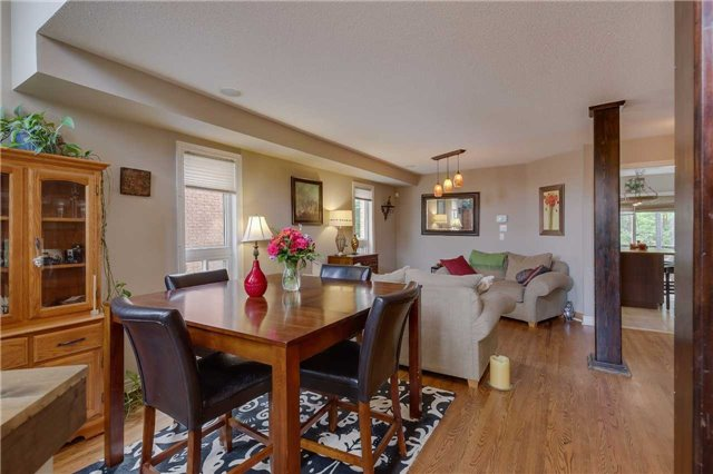 Detached at 13 Mckenzie Cres, Barrie, Ontario. Image 14