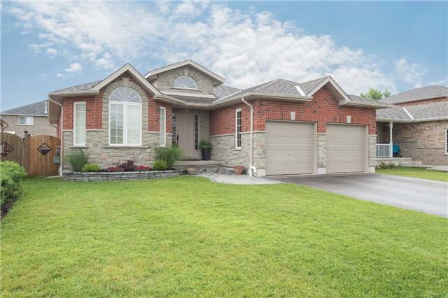 Detached at 282 Pringle Dr, Barrie, Ontario. Image 1