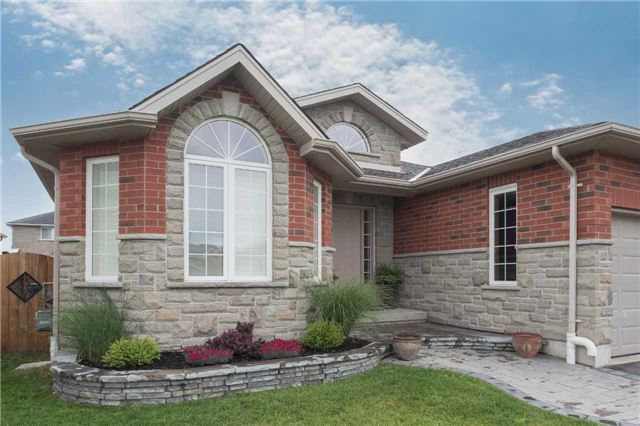Detached at 282 Pringle Dr, Barrie, Ontario. Image 12