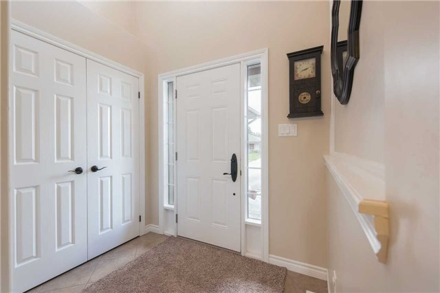 Detached at 282 Pringle Dr, Barrie, Ontario. Image 15
