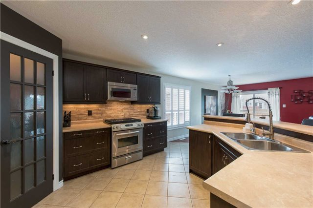 Detached at 282 Pringle Dr, Barrie, Ontario. Image 17