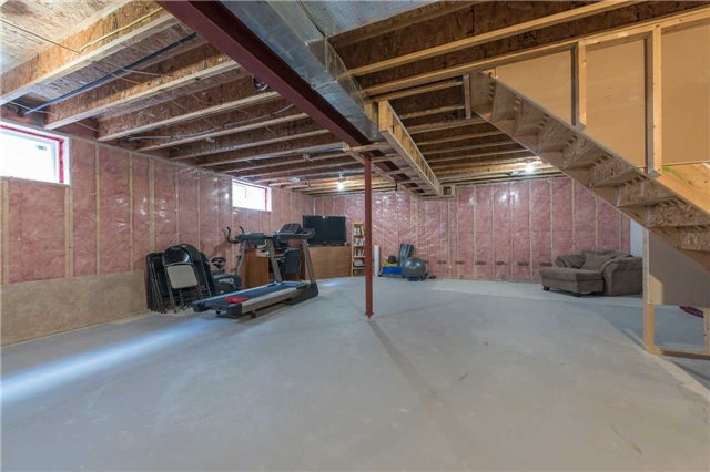 Detached at 282 Pringle Dr, Barrie, Ontario. Image 10