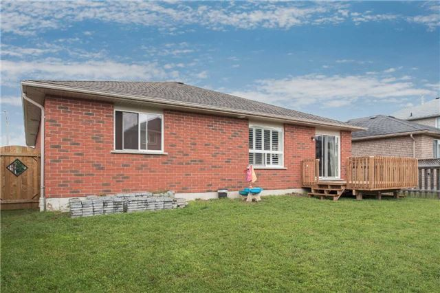Detached at 282 Pringle Dr, Barrie, Ontario. Image 13