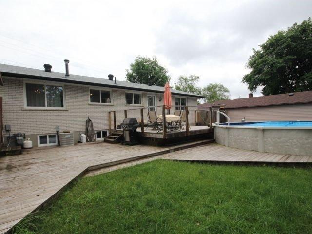 Detached at 51 Glenwood Dr, Barrie, Ontario. Image 11