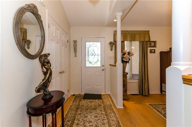 Detached at 65 Herrell Ave, Barrie, Ontario. Image 12
