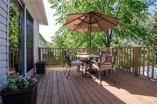 Detached at 65 Herrell Ave, Barrie, Ontario. Image 10