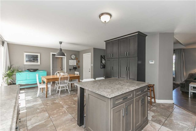 Detached at 1328 Strongville Rd, Clearview, Ontario. Image 18