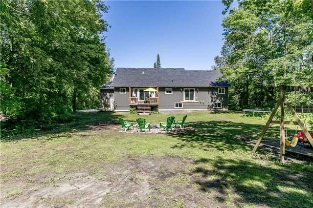 Detached at 1328 Strongville Rd, Clearview, Ontario. Image 9
