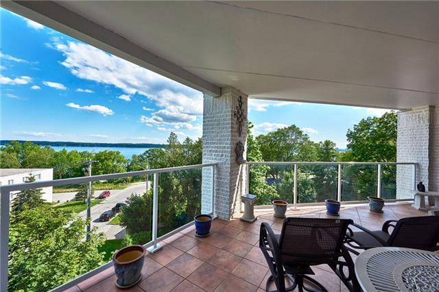 Condo Apartment at 233 Blake St, Barrie, Ontario. Image 11