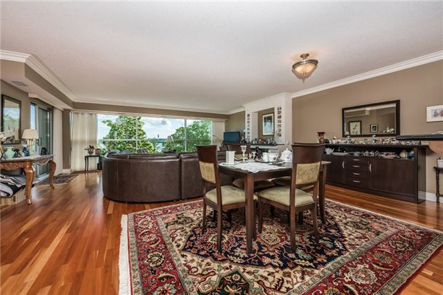 Condo Apartment at 233 Blake St, Barrie, Ontario. Image 16