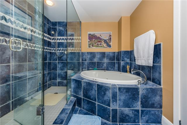 Condo Apartment at 233 Blake St, Barrie, Ontario. Image 6