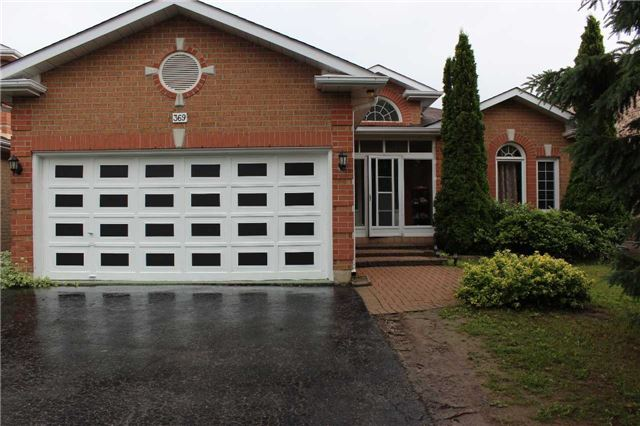 Detached at 369 Livingstone St W, Barrie, Ontario. Image 1