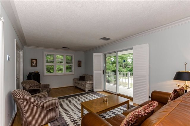 Detached at 37 Prince Albert Plwy, Tiny, Ontario. Image 4