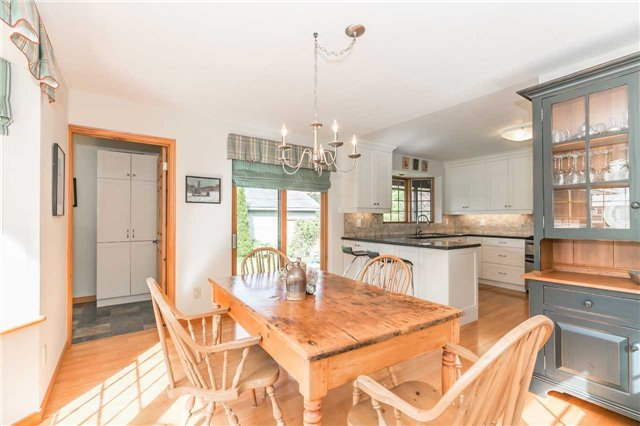 Detached at 1986 Marchmont Rd, Severn, Ontario. Image 2