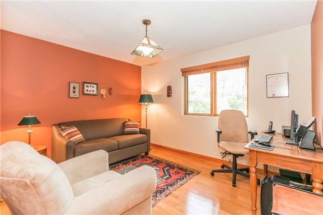 Detached at 1986 Marchmont Rd, Severn, Ontario. Image 8