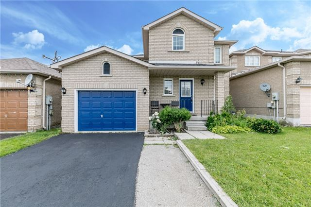 Detached at 4 Shaina Crt, Barrie, Ontario. Image 1
