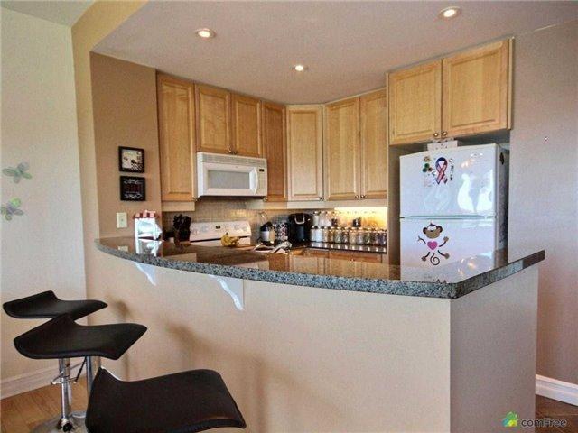 Condo Apartment at 6 Toronto St, Unit 1108, Barrie, Ontario. Image 3