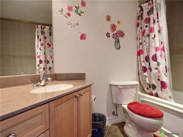 Condo Apartment at 6 Toronto St, Unit 1108, Barrie, Ontario. Image 9