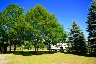 Detached at 2837 3/4 Sideroad Rd, Clearview, Ontario. Image 9
