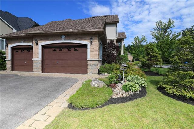 Detached at 2 Stapleton Pl, Barrie, Ontario. Image 15