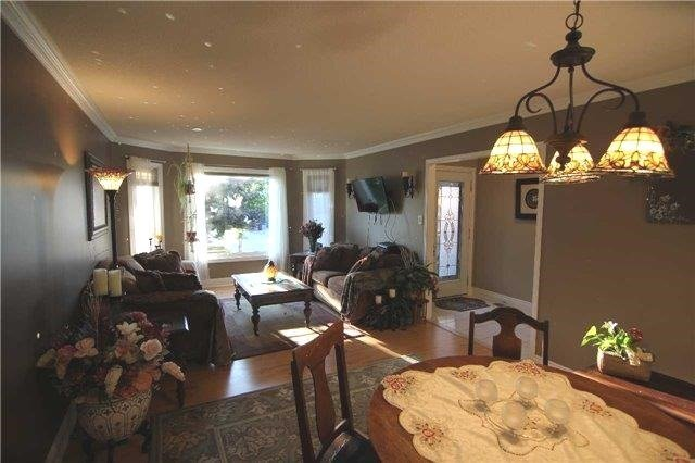 Detached at 57 Brown St, Barrie, Ontario. Image 15