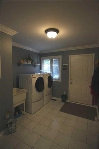 Detached at 57 Brown St, Barrie, Ontario. Image 19