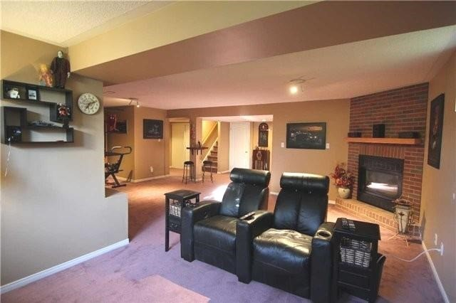 Detached at 57 Brown St, Barrie, Ontario. Image 7