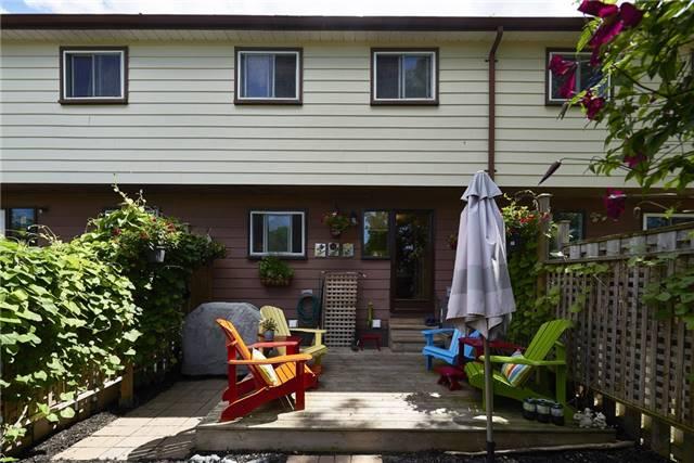 Condo Townhouse at 63 Ferris Lane, Barrie, Ontario. Image 13