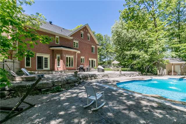 Detached at 16 Edgecombe Terr, Springwater, Ontario. Image 1